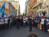 manifestazione_sindacati_contratto_006